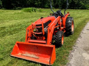 Kubota L3240 with Rotary Cutter and front end loader
